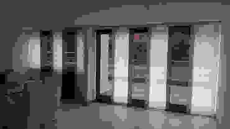 Panel japonés combinado de Casa Victoria persianas Moderno