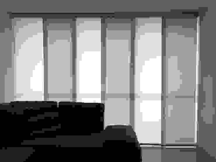 Panel japonés de casa Victoria de Casa Victoria persianas Moderno