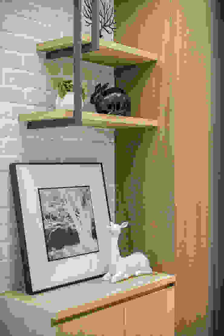 都會的鄉村風-富都新紳 乡村风格的走廊,走廊和楼梯 根據 富亞室內裝修設計工程有限公司 鄉村風 金屬