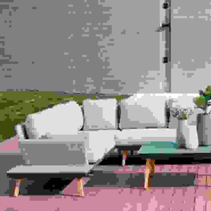sofá para outdoor: Terraços  por CRISTINA AFONSO, Design de Interiores, uNIP. Lda