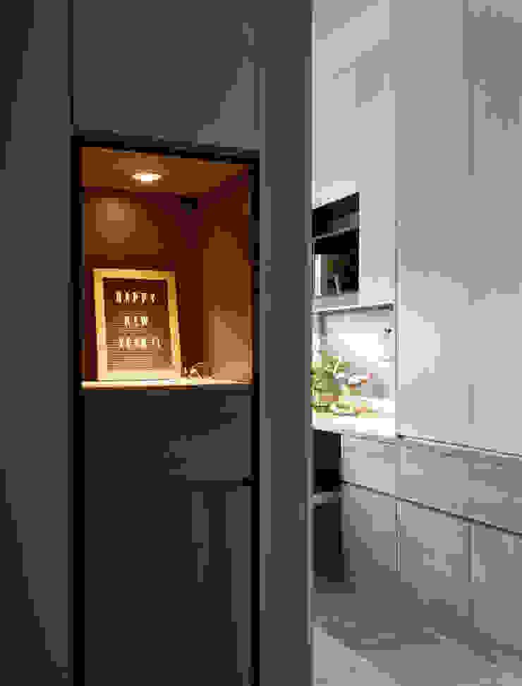 斜角巷 斯堪的納維亞風格的走廊,走廊和樓梯 根據 耀昀創意設計有限公司/Alfonso Ideas 北歐風