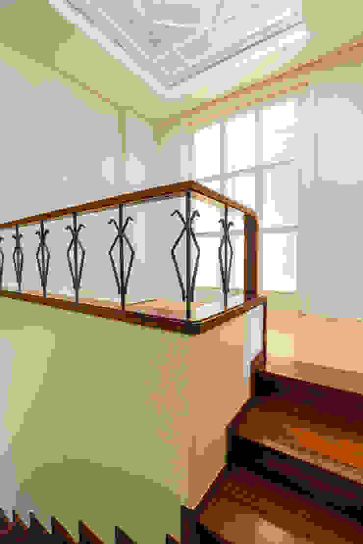 Oleh SHI Studio, Sheila Moura Azevedo Interior Design Modern