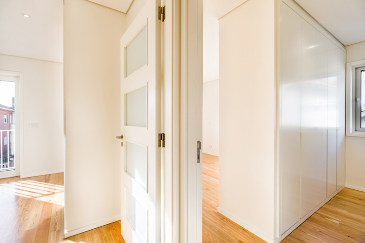 Koridor & Tangga Modern Oleh SHI Studio, Sheila Moura Azevedo Interior Design Modern