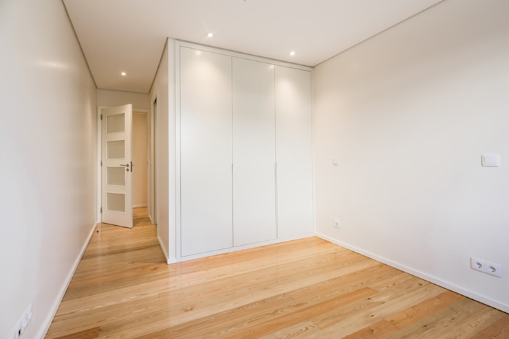 Quarto - T3 em Leça da Palmeira - SHI Studio Interior Design ShiStudio Interior Design Quartos pequenos