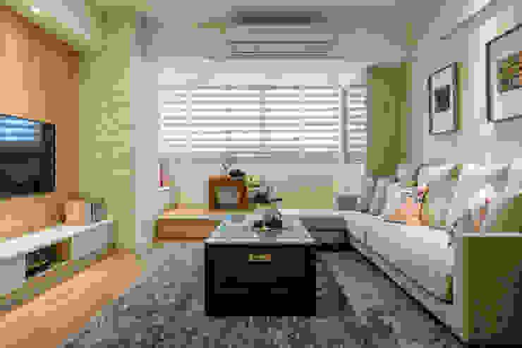 自然質樸-翊盛新天地 富亞室內裝修設計工程有限公司 客廳 複合木地板 Beige