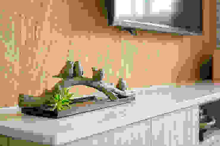 自然質樸-翊盛新天地 富亞室內裝修設計工程有限公司 乡村风格的走廊,走廊和楼梯 石板 Brown