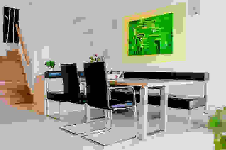 Moderner Esstisch mit Ausziehfunktion Moderne Esszimmer von T-raumKONZEPT - Interior Design im Raum Nürnberg Modern