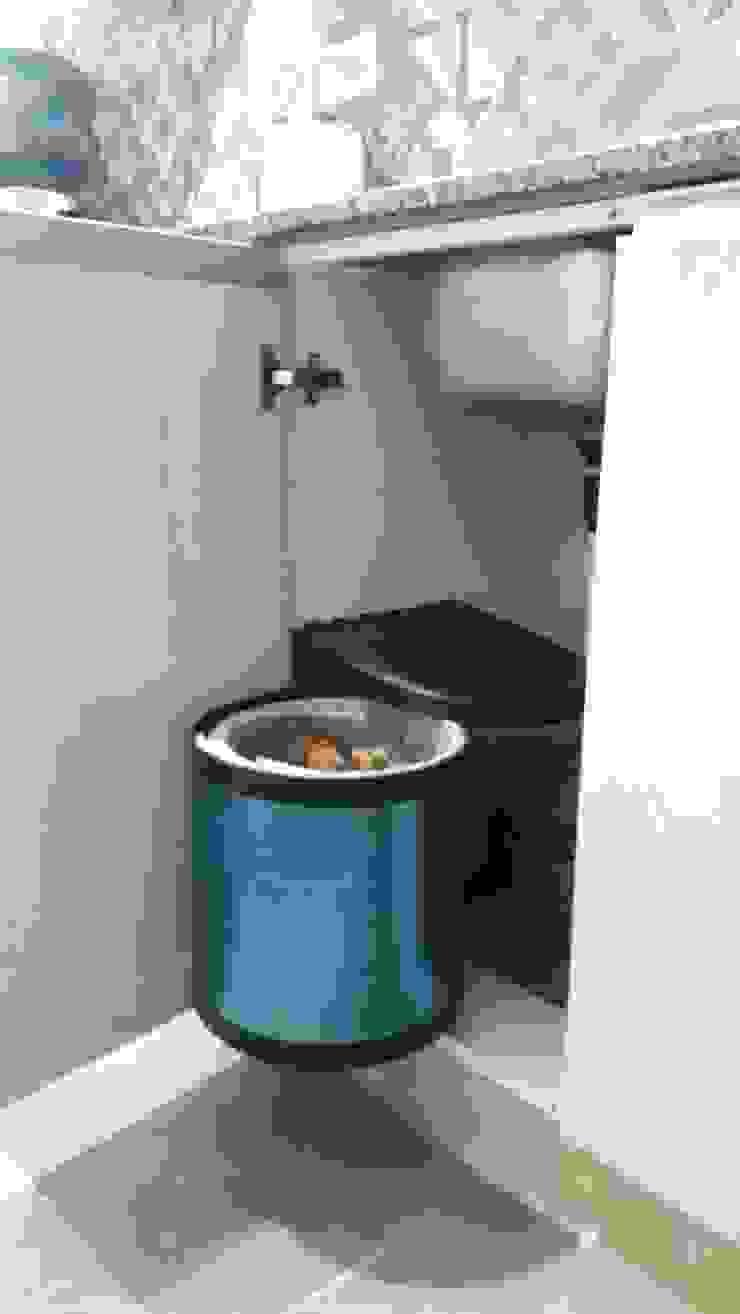 Mueble de cocina para tacho de basura Sofía Lopez Arquitecta Cocinas de estilo moderno