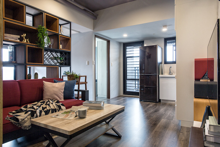 自我的個性表答不受約束的心靈-公園1號 富亞室內裝修設計工程有限公司 客廳 複合木地板 Grey