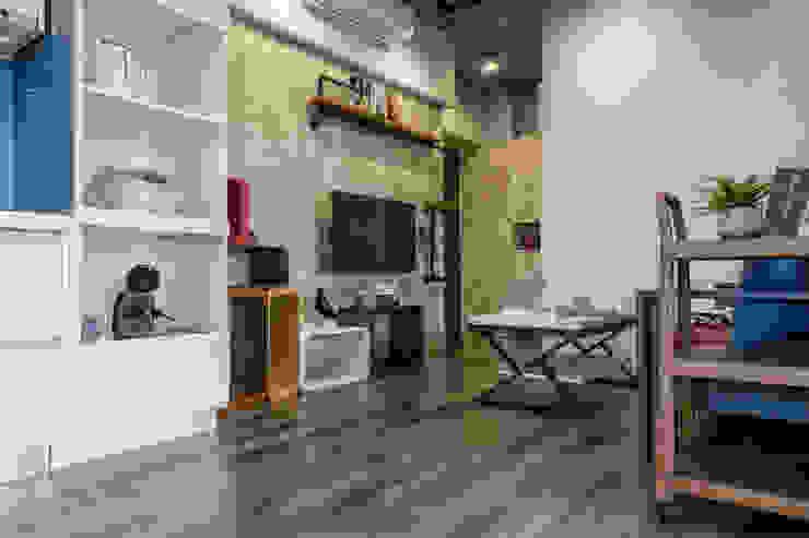 自我的個性表答不受約束的心靈-公園1號 富亞室內裝修設計工程有限公司 牆面 強化水泥 Green