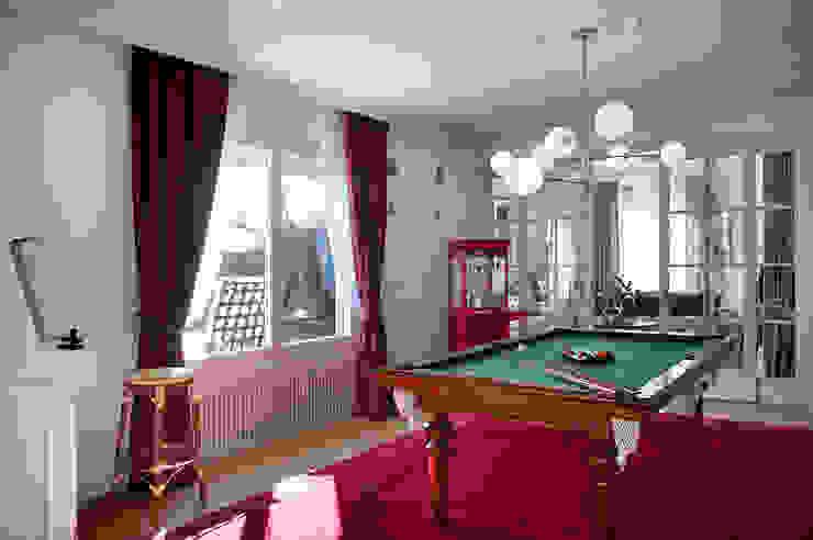 Classic style media room by Egue y Seta Classic