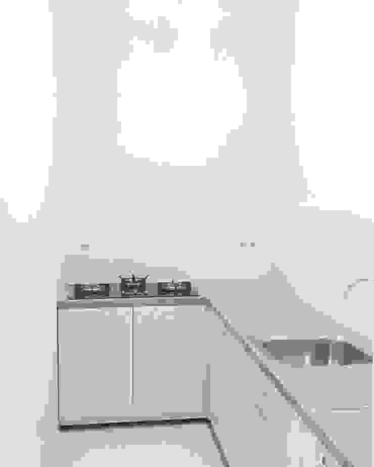 Kitchen Oleh ADEA Studio Minimalis Batu Bata
