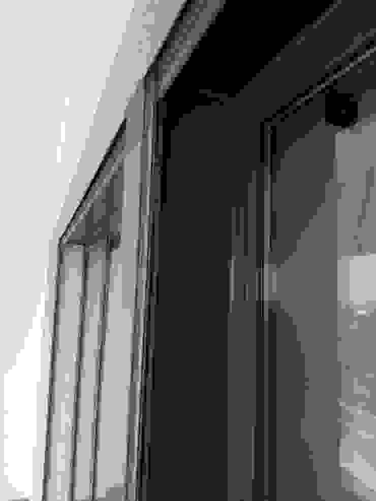 Modern Windows and Doors by SAM'S - Soluções em alumínio e PVC Modern