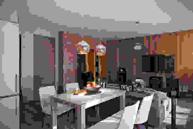 Irina Yakushina Ruang Keluarga Gaya Industrial