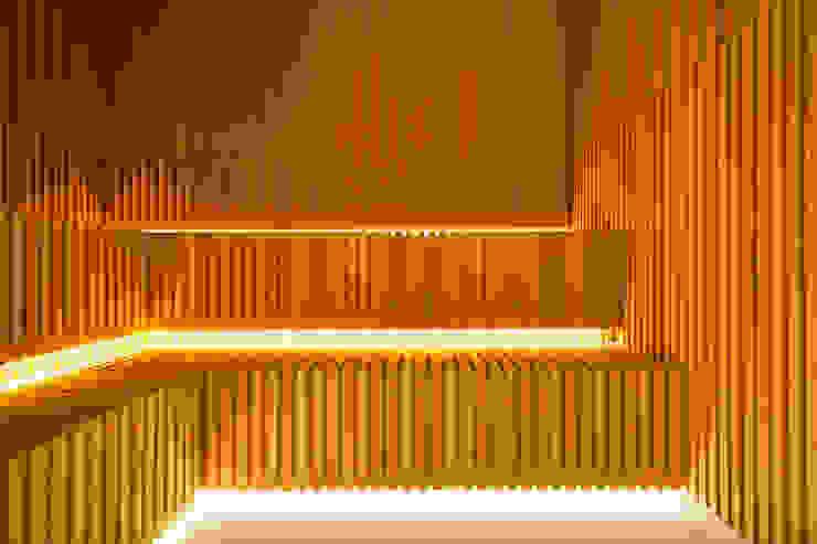 de Çilek Spa Design Moderno Madera Acabado en madera