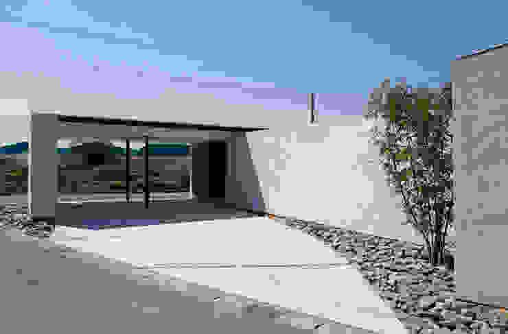 kisetsu Double Garage White