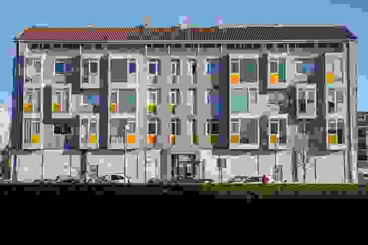 Trenta Casas Prefabricadas de Hormigón en Madrid Prefabricated home Concrete Multicolored