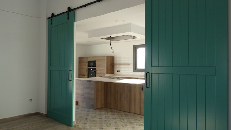 Estudio1403, COOP.V. Arquitectos en Valencia Cucina attrezzata Effetto legno