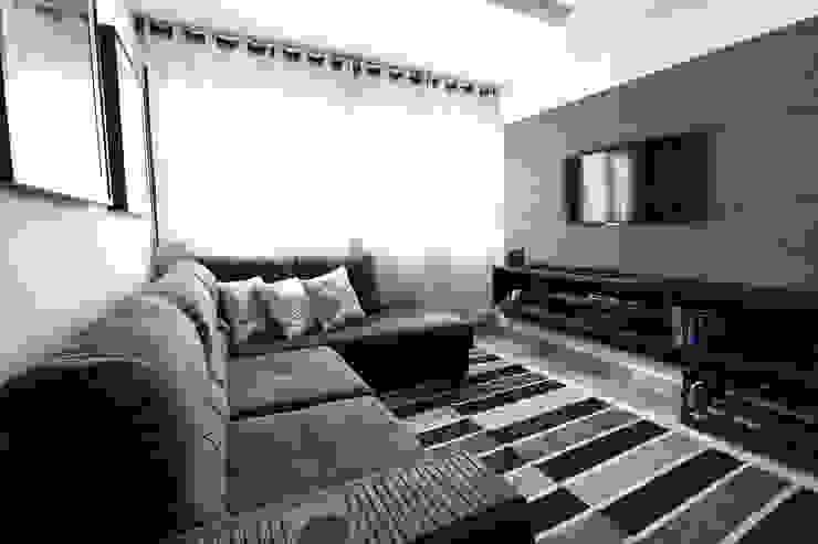 Electronics oleh Loft Design System Deutschland - Wandpaneele aus Bayern, Klasik Beton
