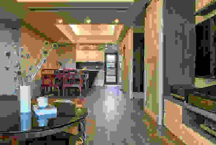 懷舊復古風-看見不一樣的風格與靈魂-全坤峰華 根據 富亞室內裝修設計工程有限公司 日式風、東方風 實木 Multicolored