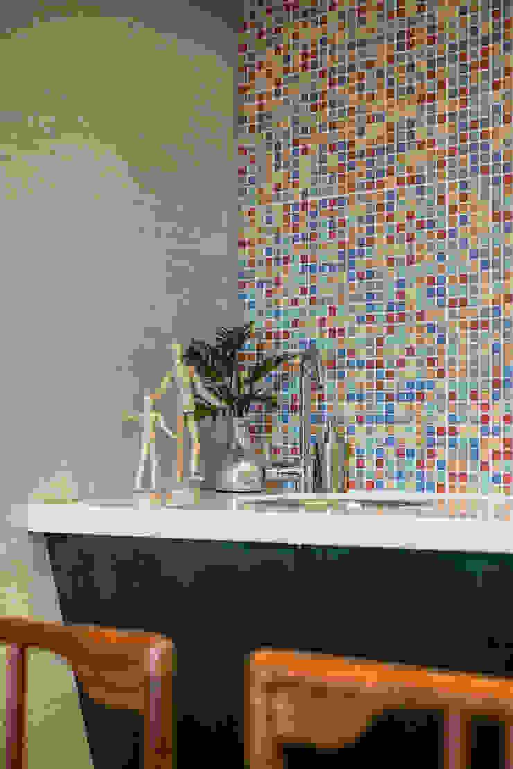懷舊復古風-看見不一樣的風格與靈魂-全坤峰華 根據 富亞室內裝修設計工程有限公司 隨意取材風 磁磚