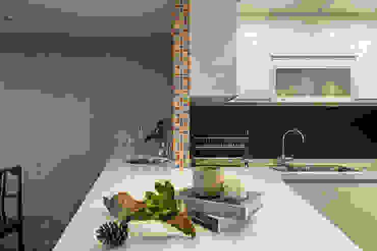 懷舊復古風-看見不一樣的風格與靈魂-全坤峰華 根據 富亞室內裝修設計工程有限公司 簡約風 大理石