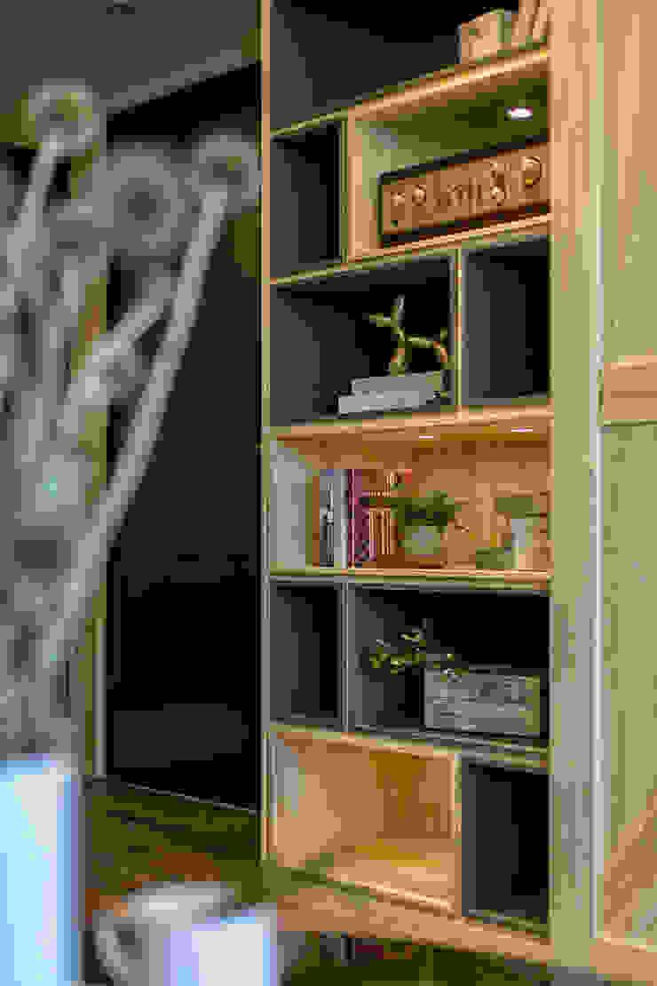 懷舊復古風-看見不一樣的風格與靈魂-全坤峰華 根據 富亞室內裝修設計工程有限公司 隨意取材風 實木 Multicolored