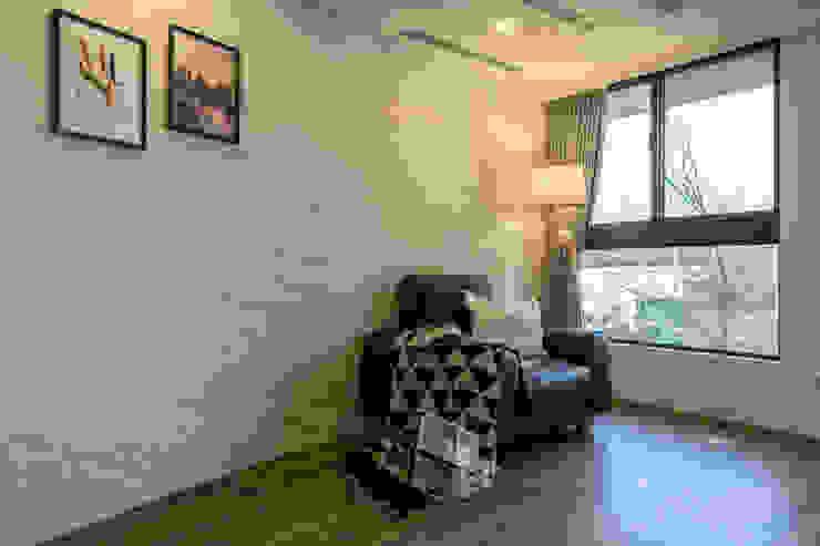 懷舊復古風-看見不一樣的風格與靈魂-全坤峰華 根據 富亞室內裝修設計工程有限公司 鄉村風 磚塊