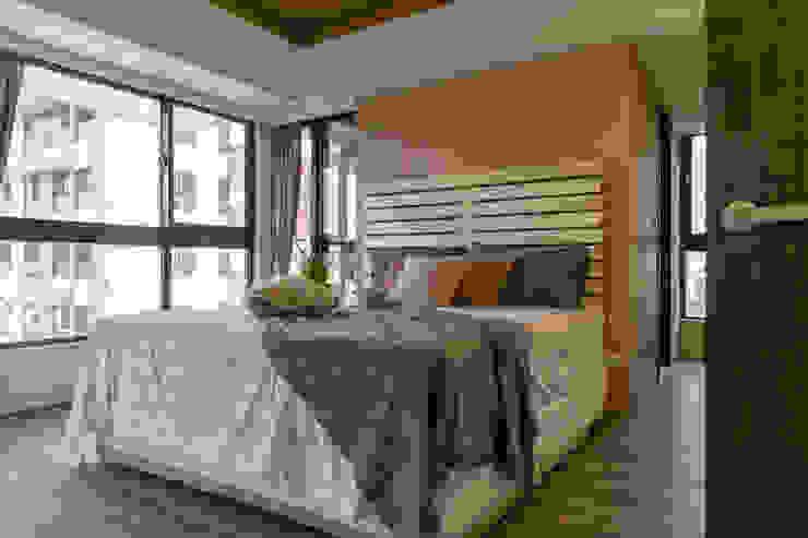 懷舊復古風-看見不一樣的風格與靈魂-全坤峰華 根據 富亞室內裝修設計工程有限公司 鄉村風 水泥
