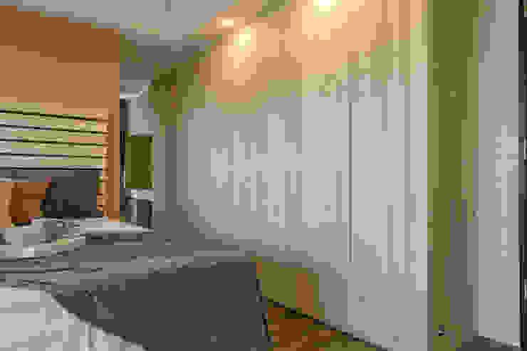 懷舊復古風-看見不一樣的風格與靈魂-全坤峰華 根據 富亞室內裝修設計工程有限公司 簡約風 實木 Multicolored