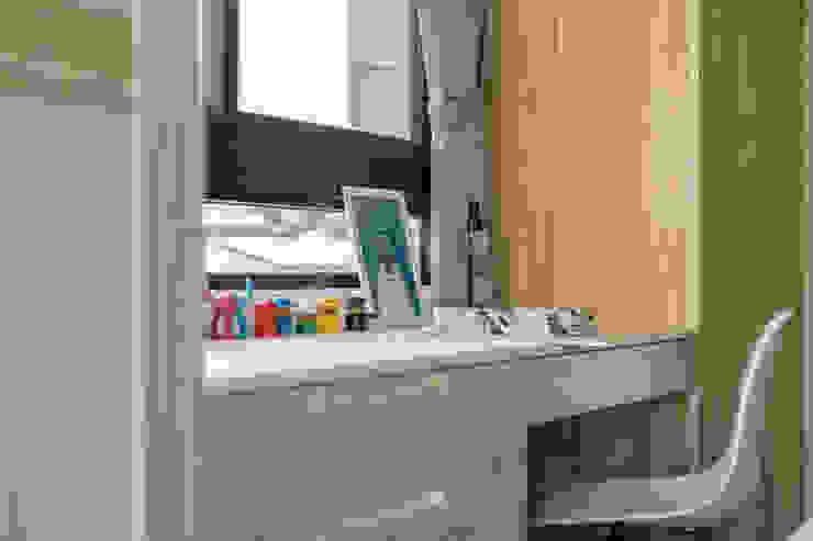 懷舊復古風-看見不一樣的風格與靈魂-全坤峰華 根據 富亞室內裝修設計工程有限公司 田園風 實木 Multicolored