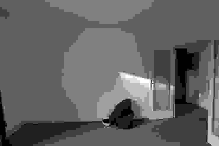 modern  by Fables de murs, Modern