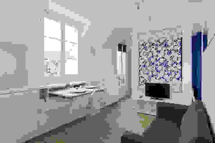minimalist  by Fables de murs, Minimalist MDF