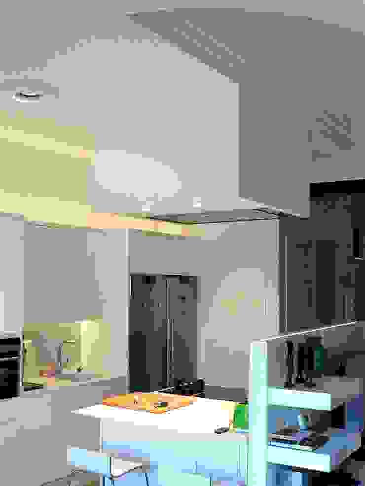 โดย Estudio1403, COOP.V. Arquitectos en Valencia โมเดิร์น