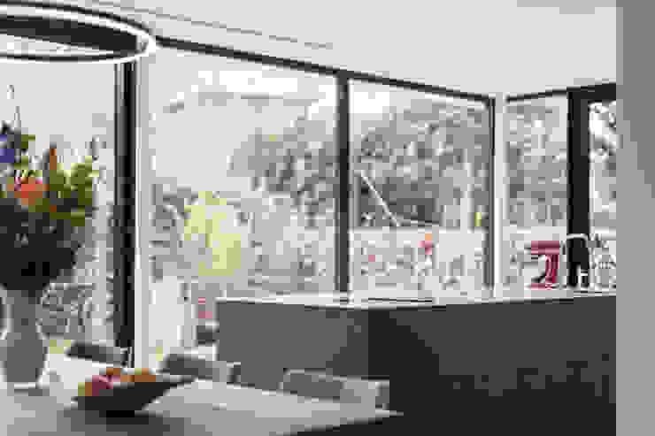Bob Romijnders Architectuur + Interieur Кухня
