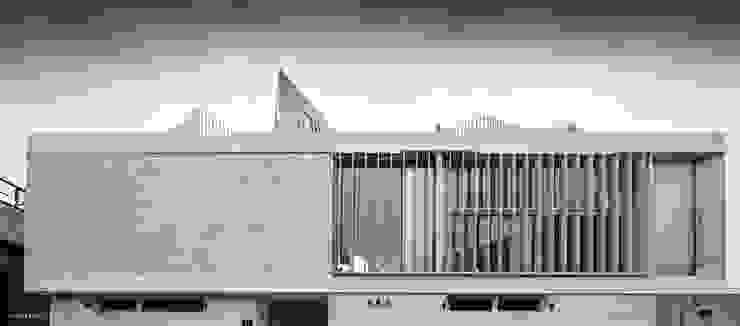 by 건축연구소.유토 UTOlabs Modern Concrete