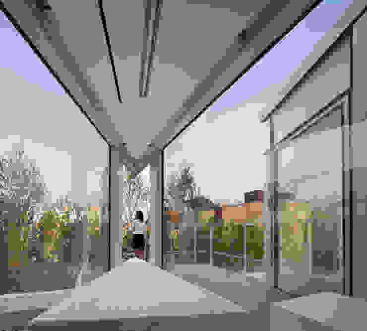 Modern Living Room by 건축연구소.유토 UTOlabs Modern Glass