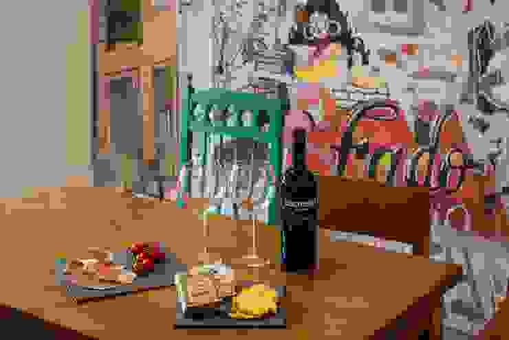 Quartos Tejo - Casa Amarela, Lisboa por EMME Atelier de Interiores