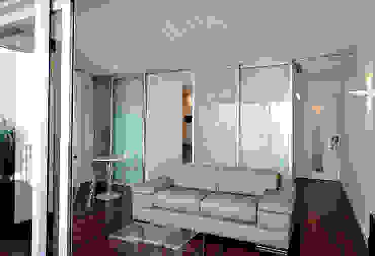 Modern living room by Fables de murs Modern Glass