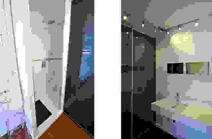 Modern bathroom by Fables de murs Modern Glass