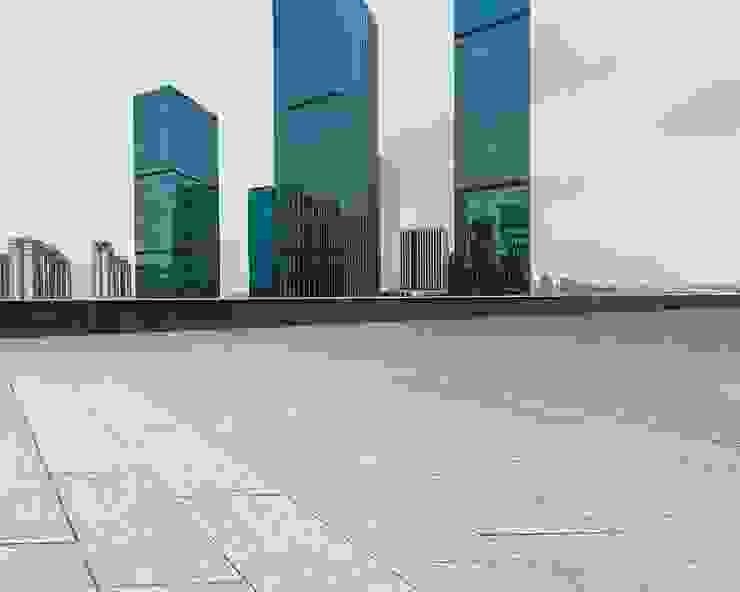 Loseta arquitectónica de concreto Balcones y terrazas de estilo moderno de Graylawn Moderno