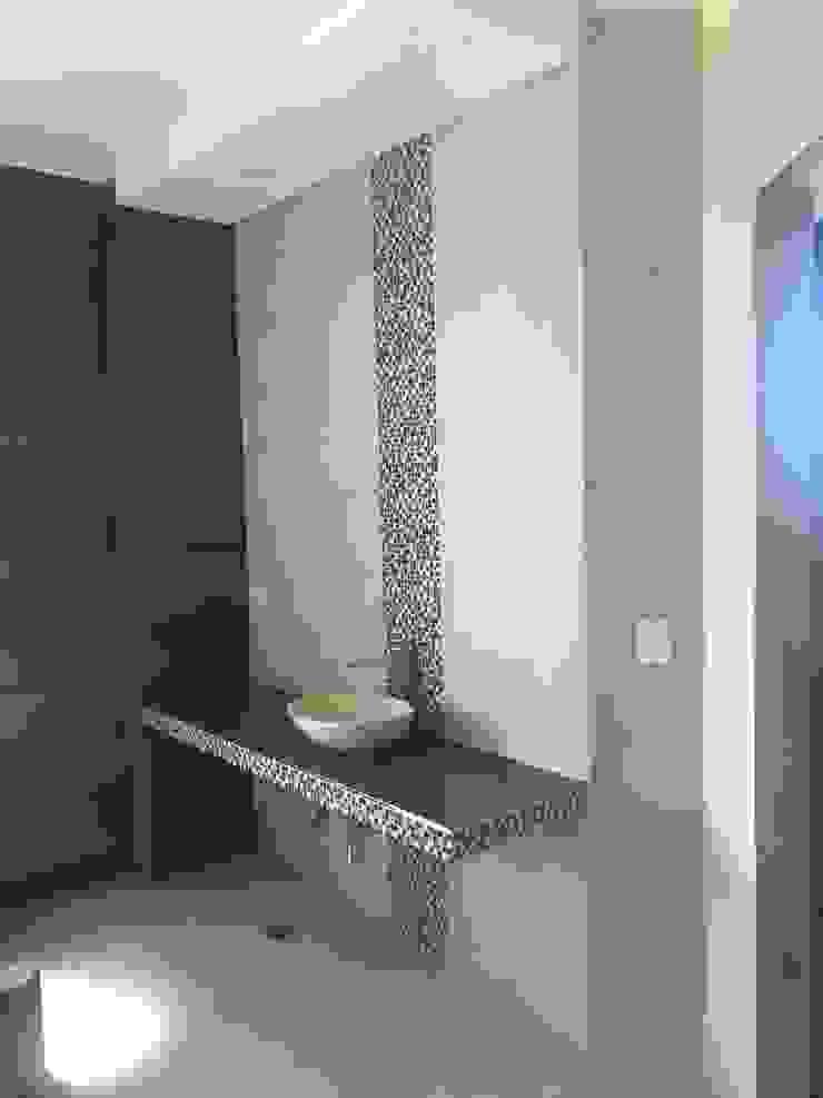 MABEL ABASOLO ARQUITECTURA Modern bathroom