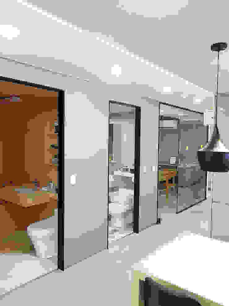 주거-신길동 쇼룸 모던스타일 욕실 by DB DESIGN Co., LTD. 모던