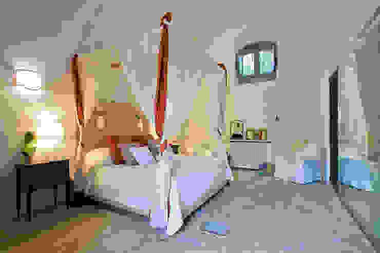 Masseria Vendicari, Sicilia (Giacomo Foti Photographer) Giacomo Foti Photographer Camera da letto in stile mediterraneo