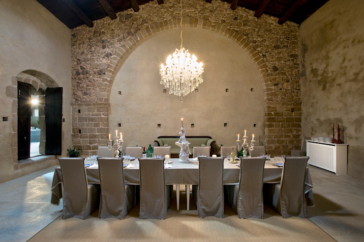 Masseria Vendicari, Sicilia (Giacomo Foti Photographer) Giacomo Foti Photographer Sala da pranzo in stile mediterraneo