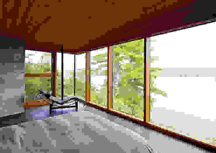 Modern style bedroom by Trevor McIvor Architect Inc Modern