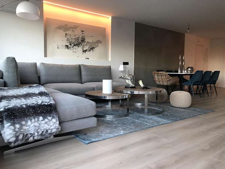 Modern living room by Decorando tu espacio - interiorismo y reforma integral en Madrid. Modern
