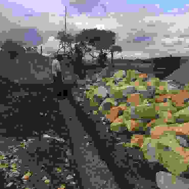 Proyecto casa de descanso Simijaca - Cundinamarca de Lopez Robayo Arquitectos Rural