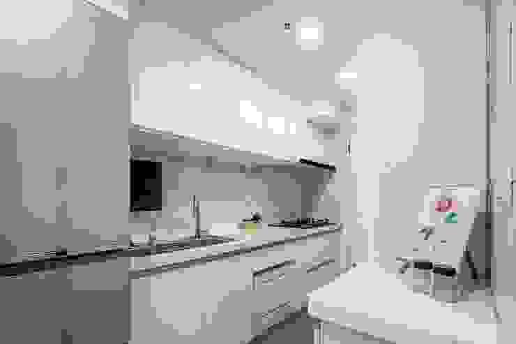廚房 根據 Feeling 室內設計 北歐風