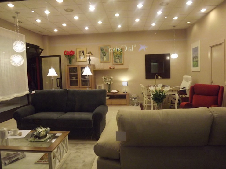 Ideas de decoración para mi casa en Madrid Salones de estilo clásico de Almudena Madrid Interiorismo, diseño y decoración de interiores Clásico